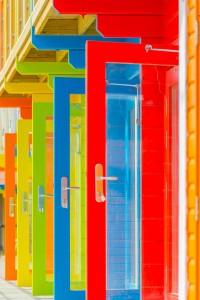 colour-2440310_1920